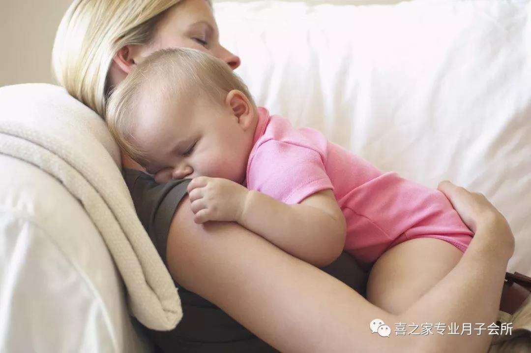 如何判断一个月宝宝冷热 家有新生宝宝还不进来学习~~
