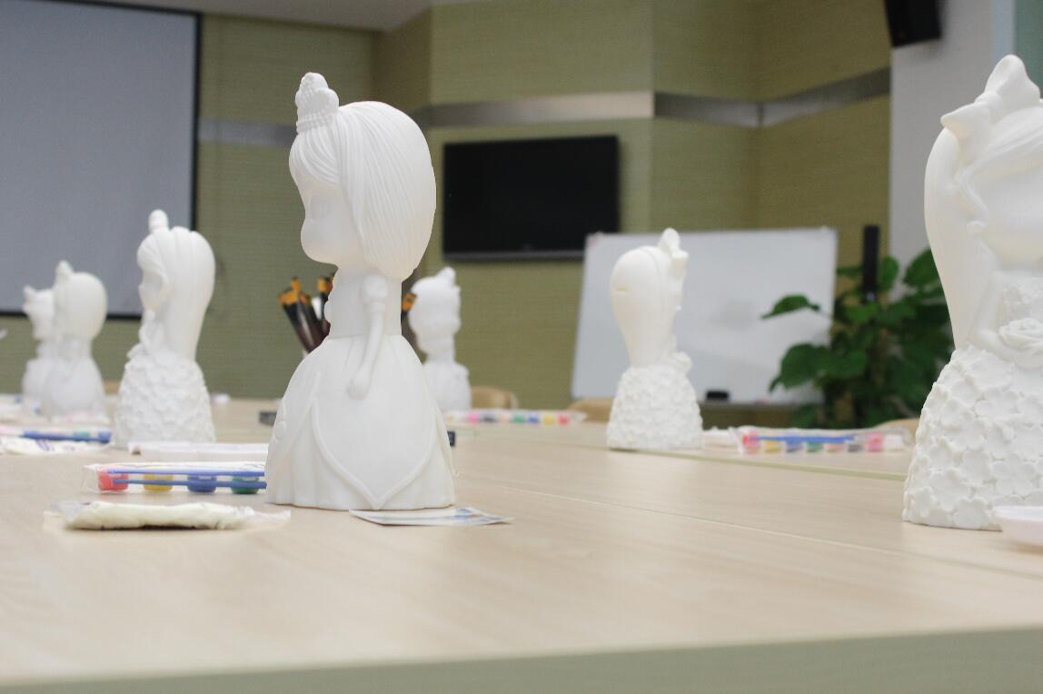 精彩回顾|喜之家彩绘石膏娃娃DIY活动完美落幕